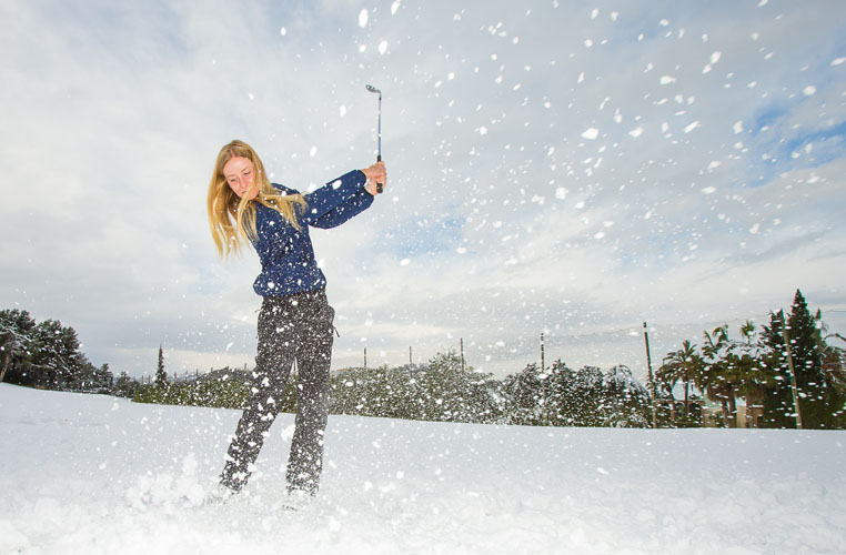 18/01/2017 Ladies European Tour 2016: Rookie orientation, La Sella Resort, Denia, Spain. Jenny Haglund of Sweden hits some balls in the snow on the range at La Sella. Credit: Tristan Jones